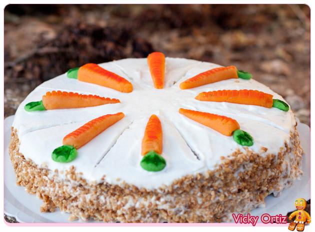 Tarta de zanahoria o carrot cake y zanahorias de mazap n for La zanahoria es una hortaliza